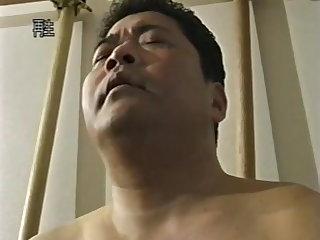 porno pic z ázijských shemale fajčenie